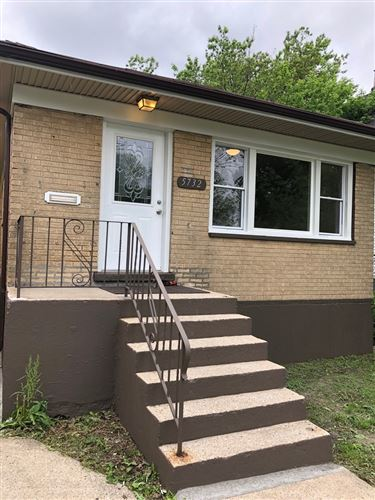 Photo of 5732 S Lowe Avenue, Chicago, IL 60621 (MLS # 10727166)