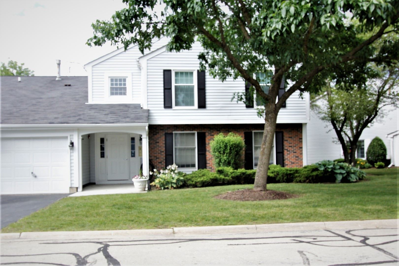 31 PLYMOUTH Court #102B, Naperville, IL 60565 - #: 10759166