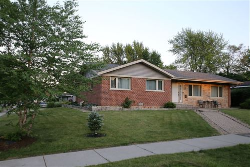 Photo of 1509 North Fernandez Place, Arlington Heights, IL 60004 (MLS # 10617169)
