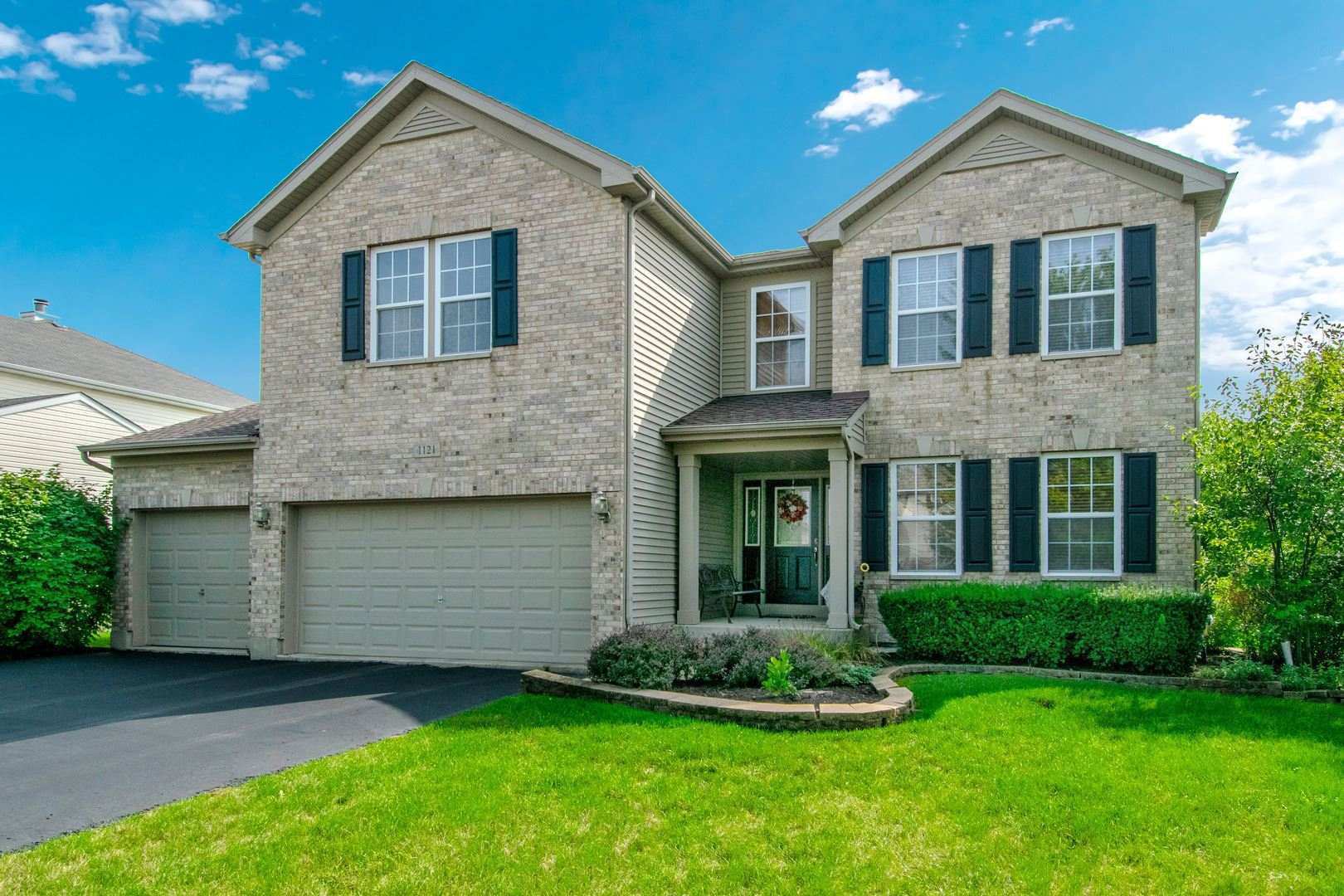 Photo of 1121 BUTTERFIELD Circle W, Shorewood, IL 60404 (MLS # 10913170)