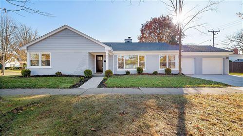 Photo of 802 S Spring Avenue, La Grange, IL 60525 (MLS # 10671171)