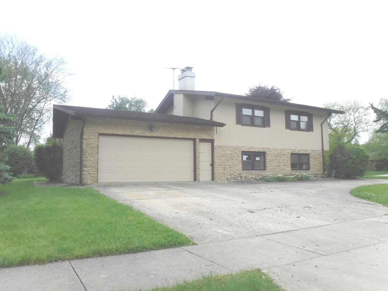 420 Meadow Wood Drive, Joliet, IL 60431 - #: 10728171