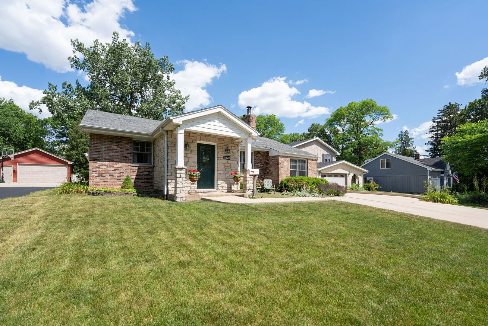 4823 Woodward Avenue, Downers Grove, IL 60515 - #: 11240173