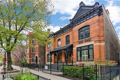 Photo of 2238 N Geneva Terrace, Chicago, IL 60614 (MLS # 11087174)