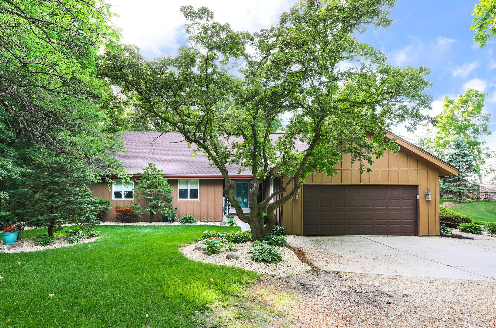 6 CROOKED CREEK Drive, Yorkville, IL 60560 - #: 10667174