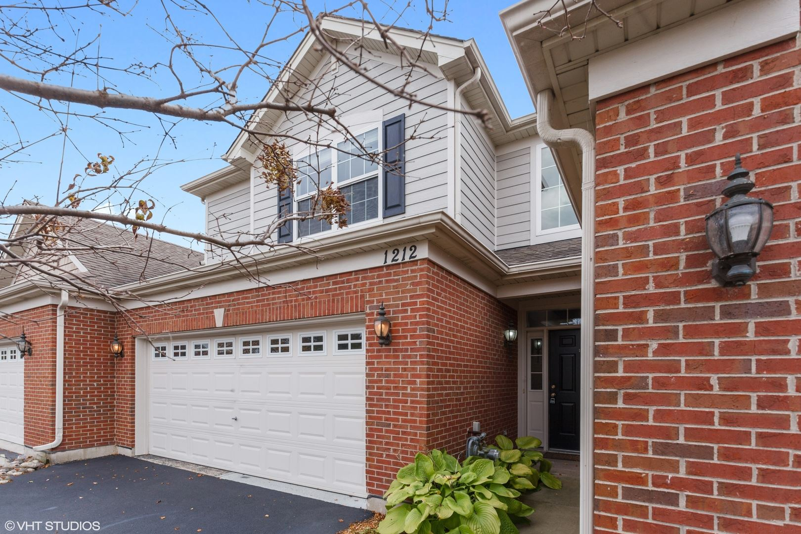 Photo of 1212 Betsy Ross Place, Bolingbrook, IL 60490 (MLS # 10911174)