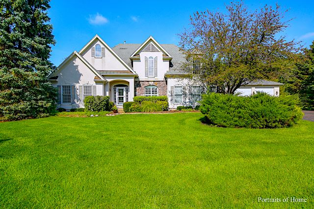 16 E. Lexington Circle, Yorkville, IL 60560 - #: 10742177