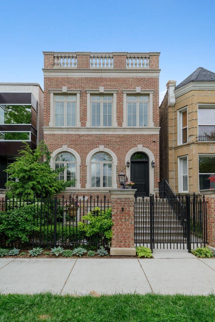 1926 W Wolfram Street, Chicago, IL 60657 - #: 10739178