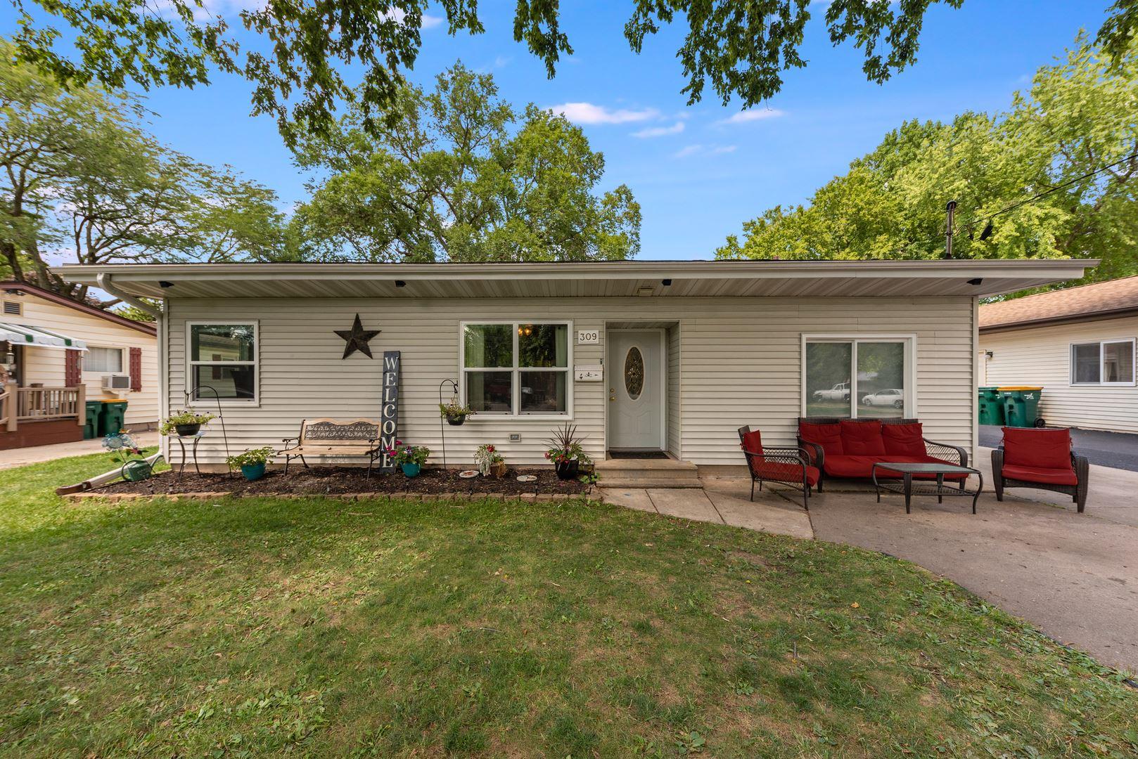 309 E Prairie Street, Plano, IL 60545 - #: 10811178