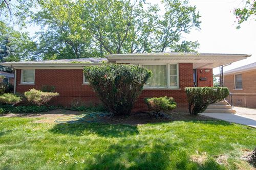 Photo of 16409 Betty Lane, South Holland, IL 60473 (MLS # 10617179)