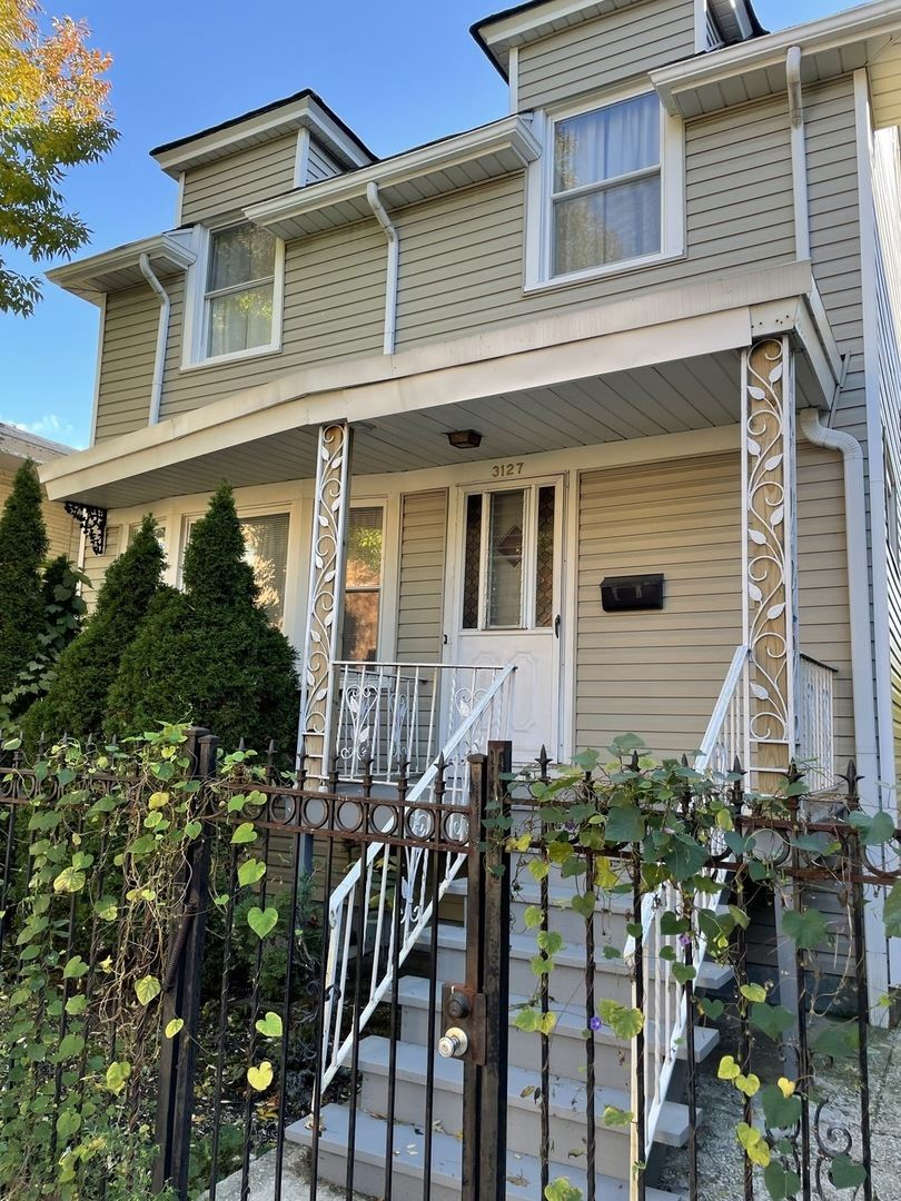 3127 W Leland Avenue, Chicago, IL 60625 - #: 11237181