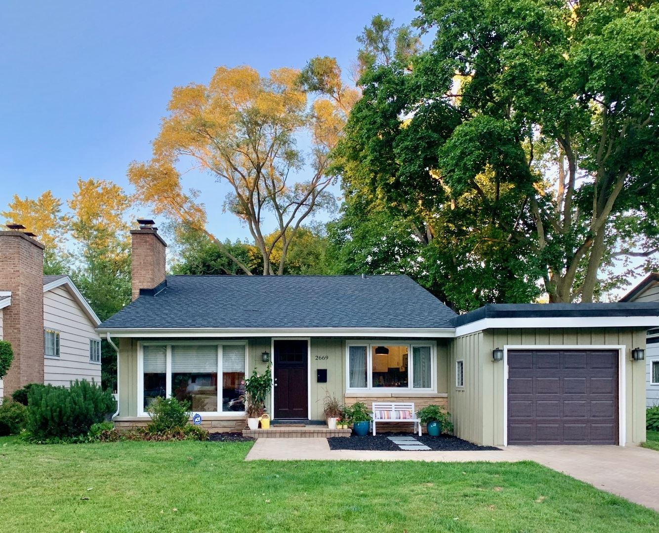 Photo for 2669 Crawford Avenue, Evanston, IL 60201 (MLS # 10798182)