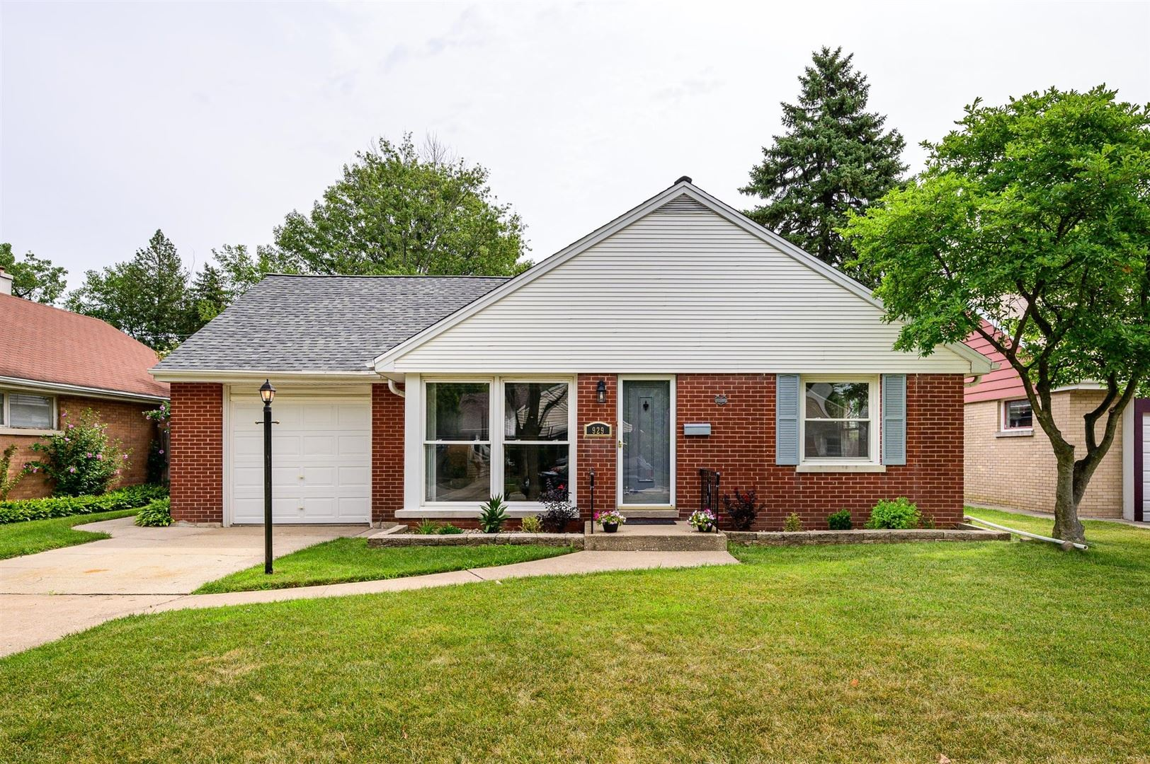 929 Portsmouth Avenue, Westchester, IL 60154 - #: 10805182