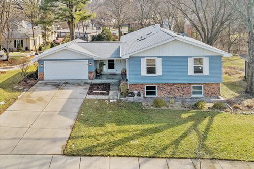 Photo of 1211 Brookside Lane, Downers Grove, IL 60515 (MLS # 10630184)