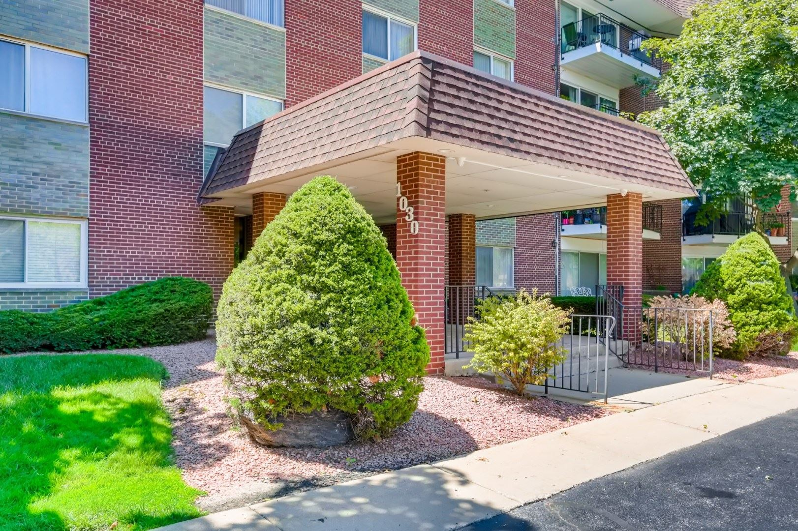 1030 S FERNANDEZ Avenue #1R, Arlington Heights, IL 60005 - #: 10799187