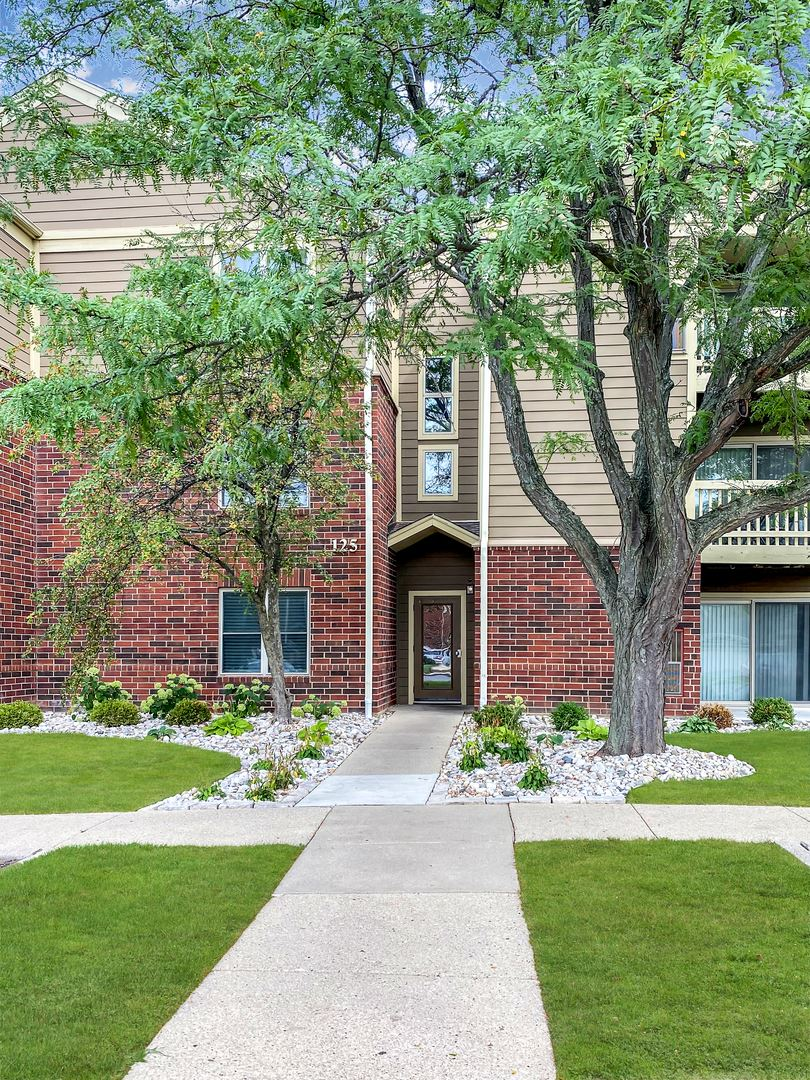 125 Glengarry Drive #202, Bloomingdale, IL 60108 - #: 11251188