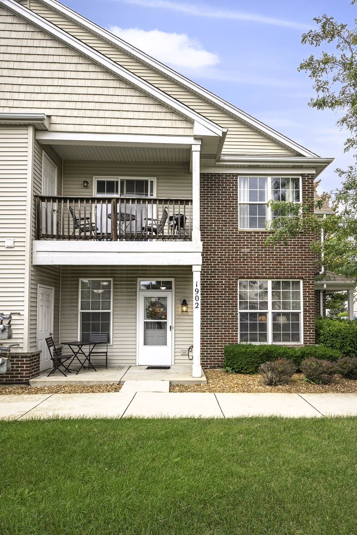 Photo of 1902 PARKSIDE Drive #1902, Shorewood, IL 60404 (MLS # 10916191)