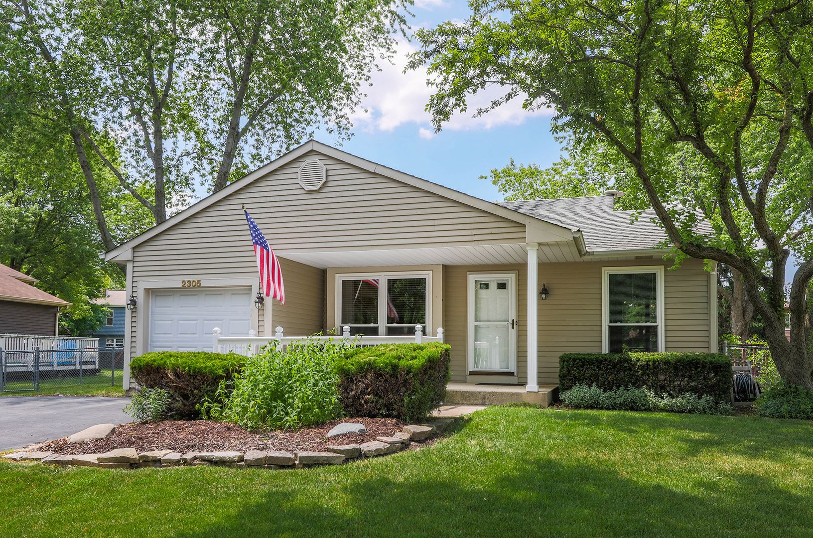 2305 WEATHERFORD Lane, Naperville, IL 60565 - #: 10753192