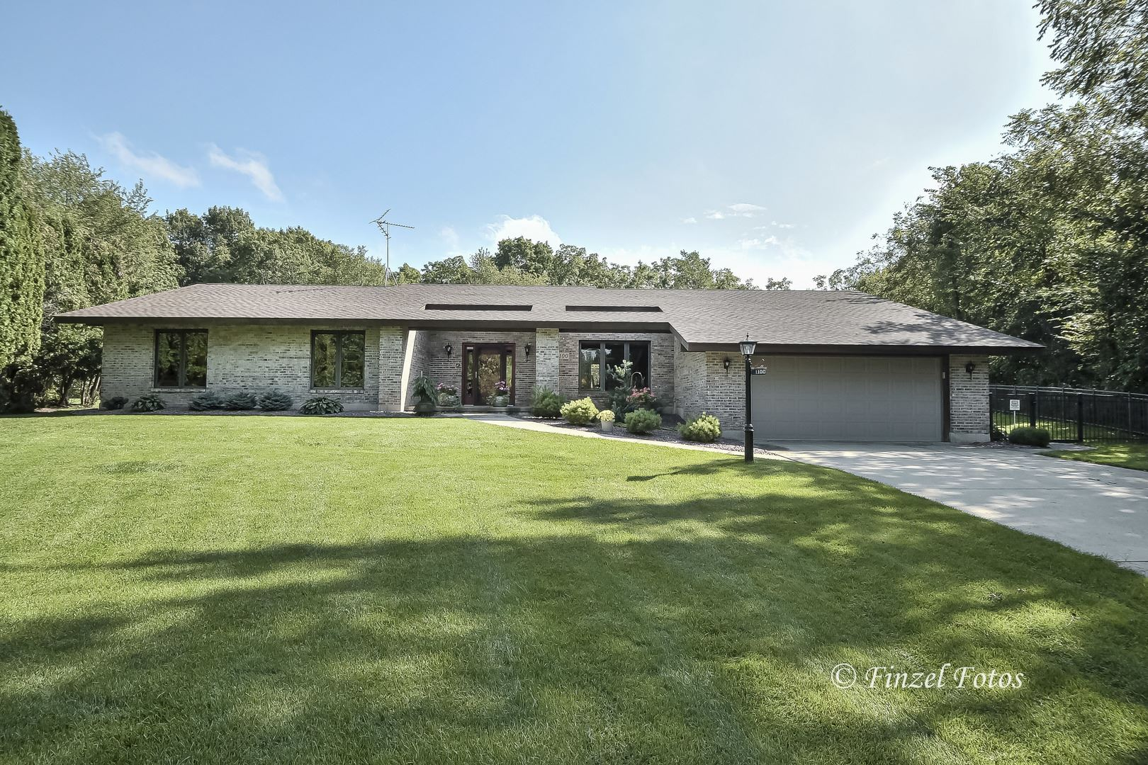 1100 Donegal Court, Woodstock, IL 60098 - #: 10799193