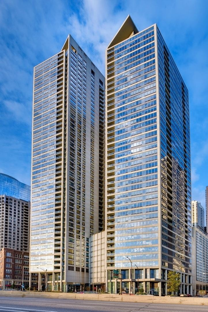 600 N LAKE SHORE Drive #1304, Chicago, IL 60611 - #: 11087197