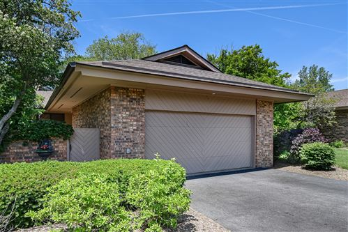 Photo of 1210 Indian Trail Road, Hinsdale, IL 60521 (MLS # 11114198)