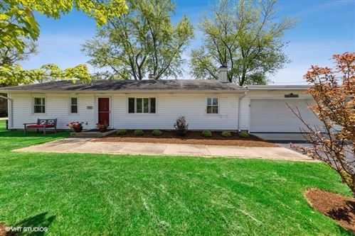Photo of 706 W 55TH Street, Hinsdale, IL 60521 (MLS # 11201198)