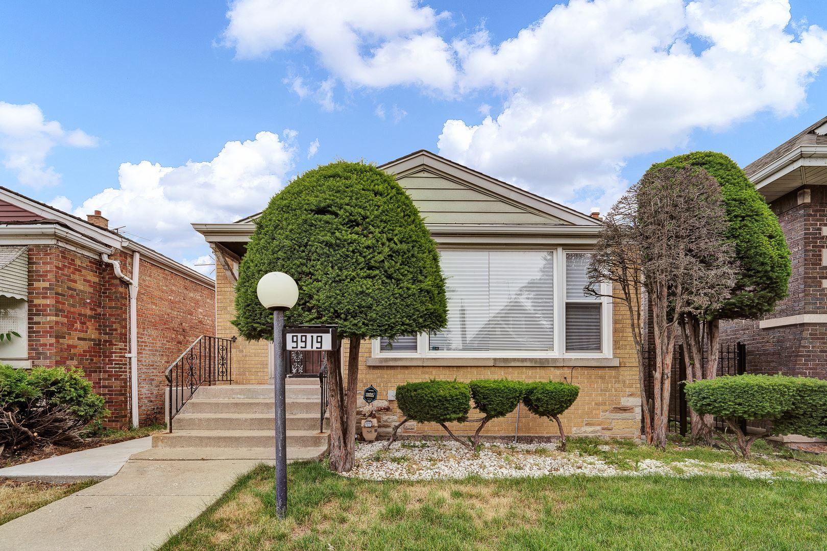 Photo for 9919 S Carpenter Street, Chicago, IL 60643 (MLS # 11218198)