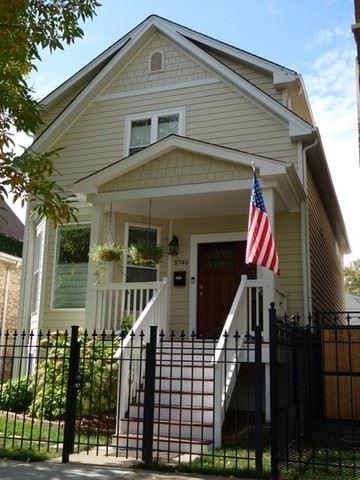 Photo of 3740 N Spaulding Avenue, Chicago, IL 60618 (MLS # 11010199)