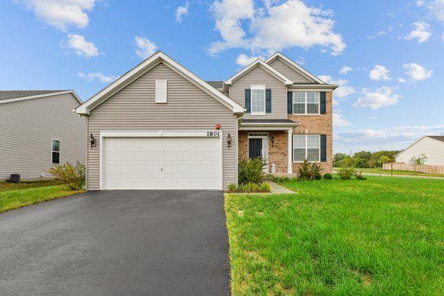 1801 Roseland Lane, Hoffman Estates, IL 60192 - #: 11211202