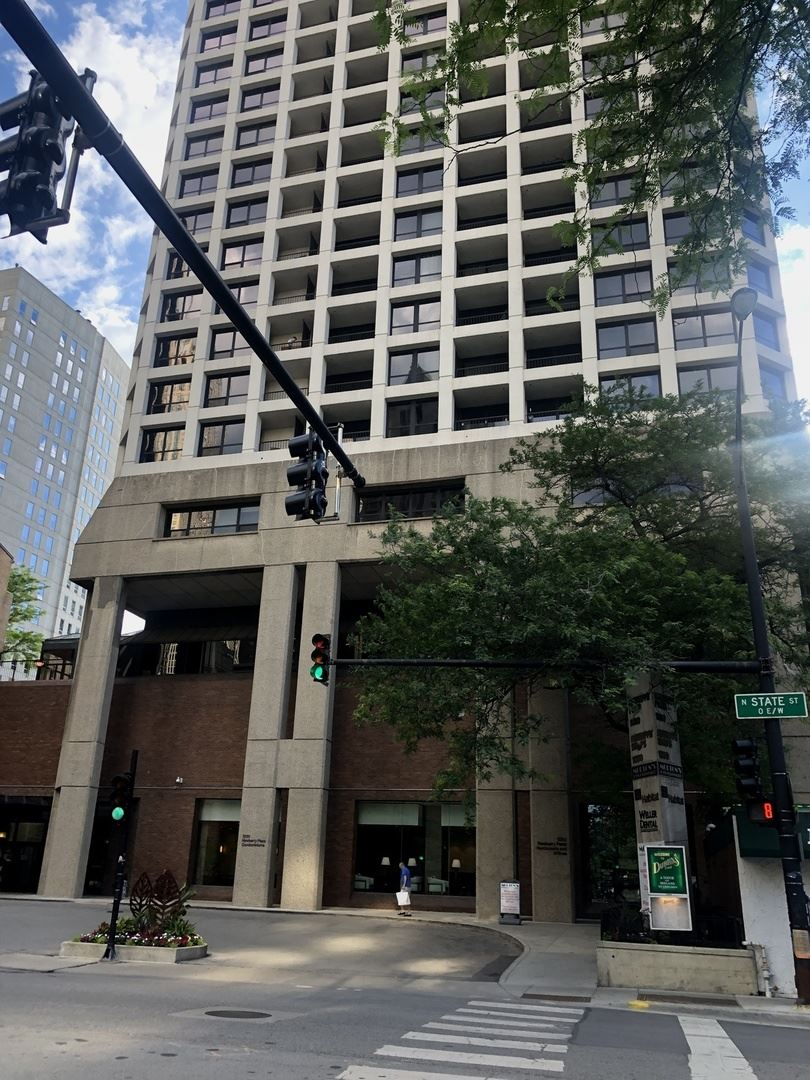 1030 N State Street #52A, Chicago, IL 60610 - #: 10764204