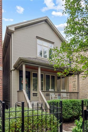 Photo of 2305 W MELROSE Street, Chicago, IL 60618 (MLS # 11245205)