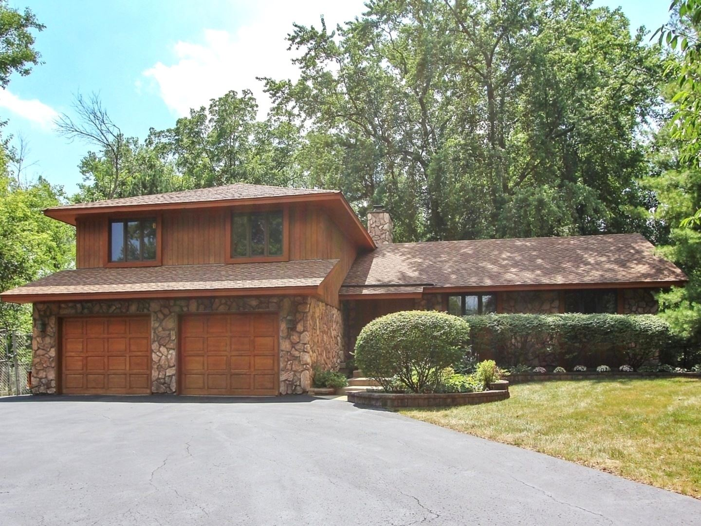 321 Appley Avenue, Libertyville, IL 60048 - #: 10763205