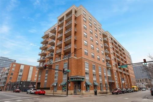 Photo of 950 W Monroe Street #604, Chicago, IL 60607 (MLS # 10661207)