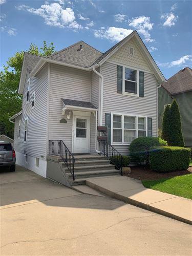 Photo of 210 N 5th Street, St. Charles, IL 60174 (MLS # 11083208)
