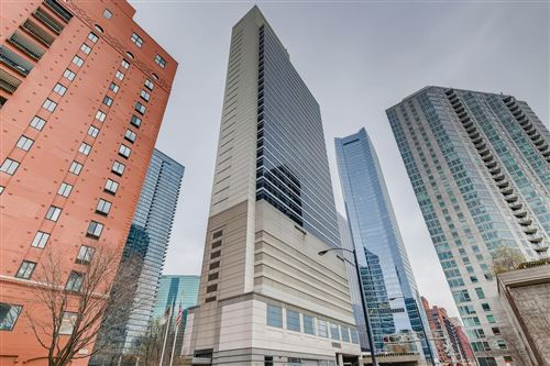 Photo of 333 N Canal Street #2702, Chicago, IL 60606 (MLS # 10956211)