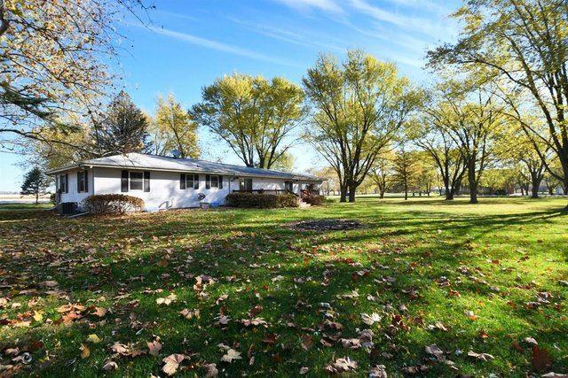 Photo of 1400 Plainfield Road, Oswego, IL 60543 (MLS # 10927213)