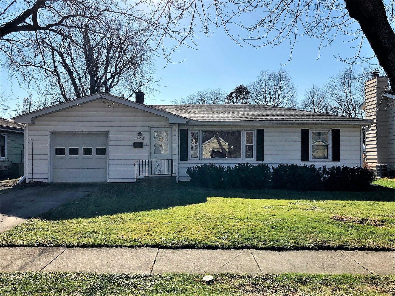 Photo of 1206 Campbell Street, Joliet, IL 60435 (MLS # 10943213)