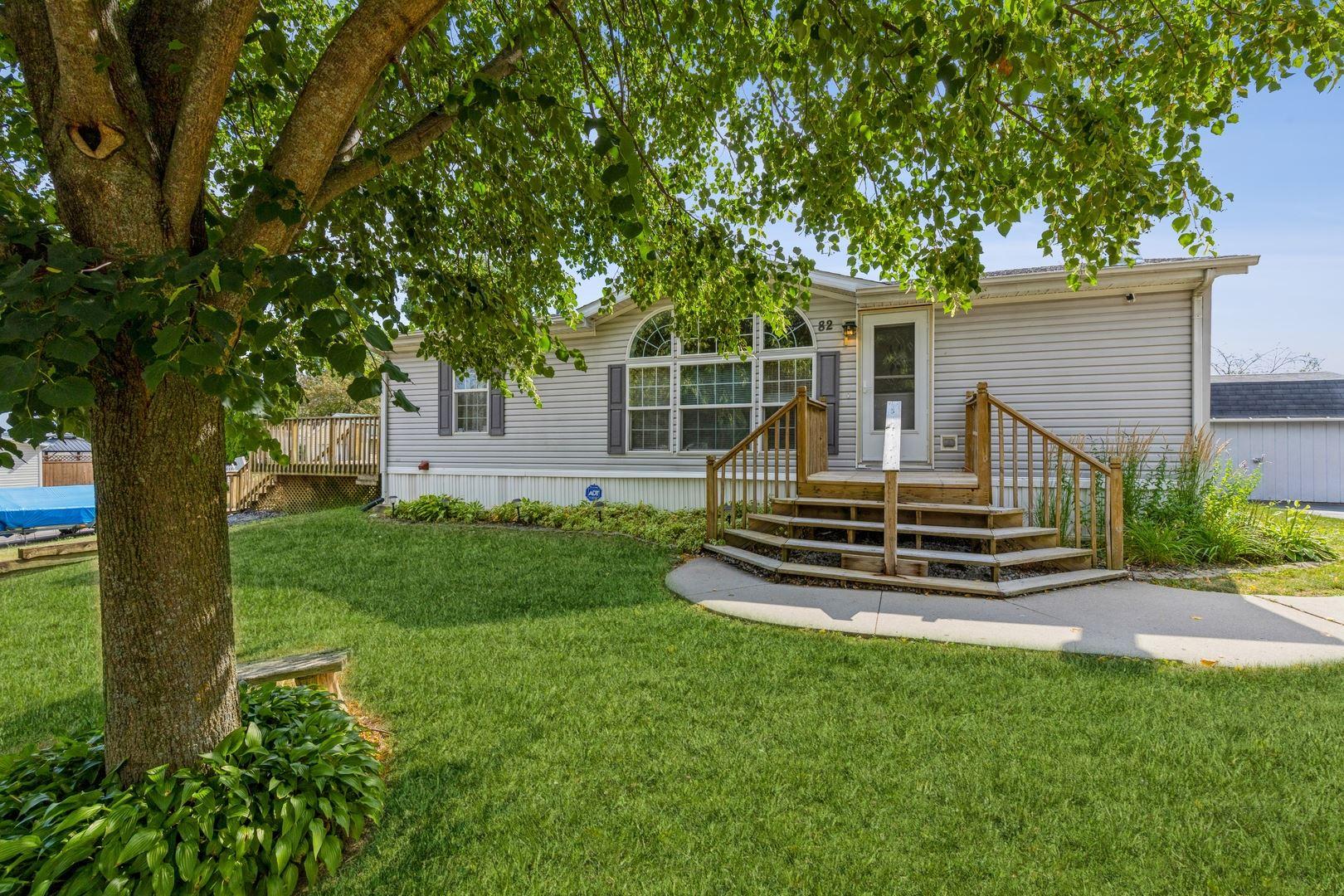 82 Sandbar Street, Lakemoor, IL 60051 - #: 11179214