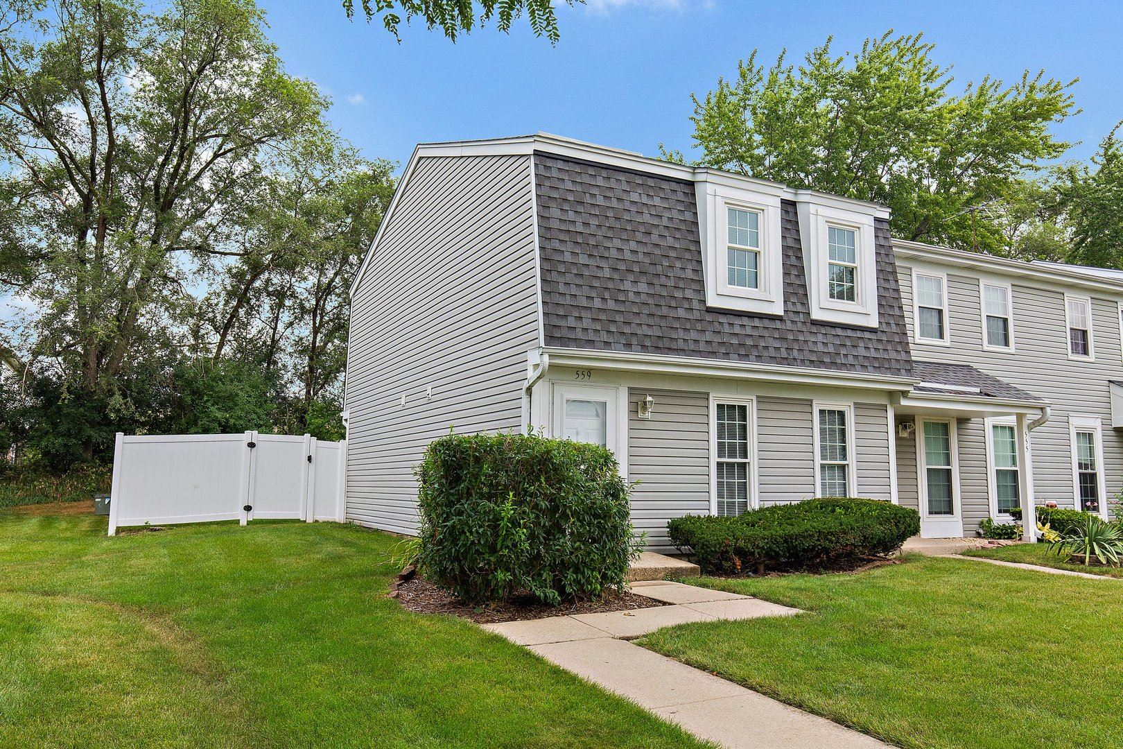 559 Westminster Circle, Roselle, IL 60172 - #: 11185214