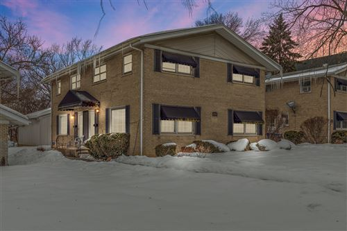 Photo of 4394 Central Avenue #B, Western Springs, IL 60558 (MLS # 11003215)