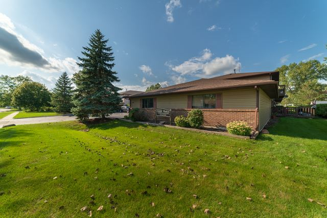 555 Central Parkway Road UNIT H, Woodstock, IL 60098 - #: 10520215