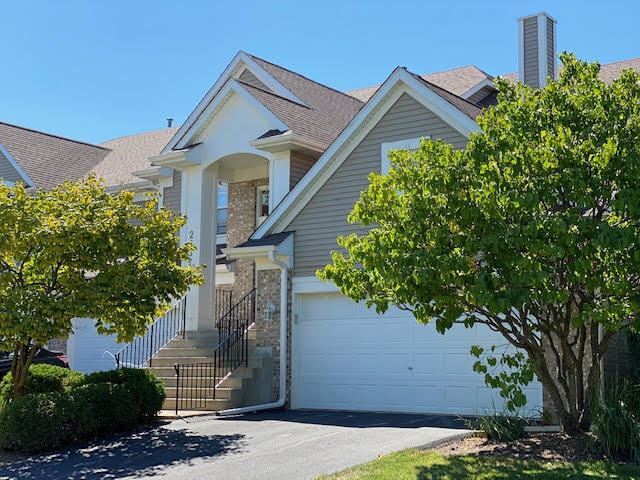 Photo of 2637 Old Woods Trail #2637, Plainfield, IL 60586 (MLS # 10916216)