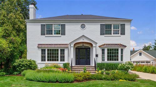 Photo of 70 Chestnut Avenue, Clarendon Hills, IL 60514 (MLS # 10747218)