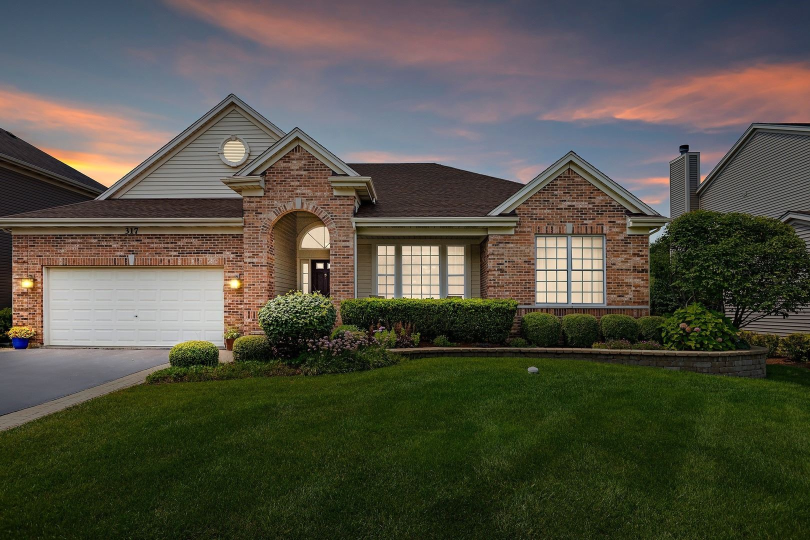 317 Sterling Circle, Cary, IL 60013 - #: 11182218