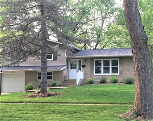Photo of 600 Claremont Drive, DOWNERS GROVE, IL 60516 (MLS # 10337219)
