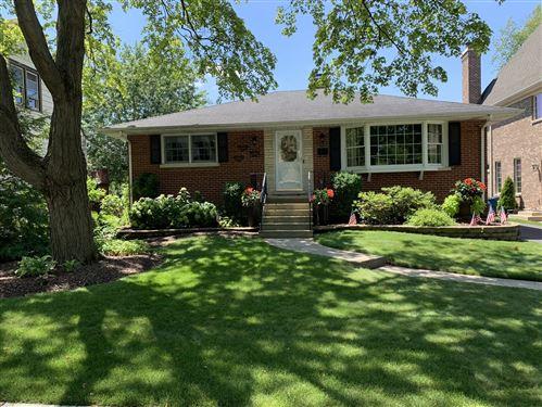 Photo of 782 S Poplar Avenue, Elmhurst, IL 60126 (MLS # 10801219)