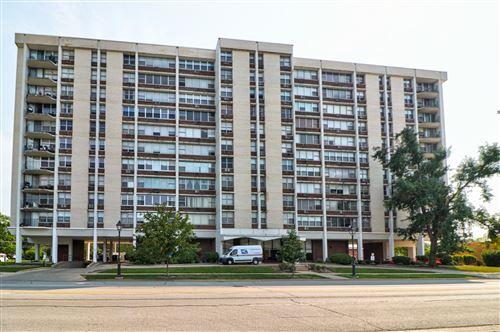 Photo of 33 N Main Street #9J, Lombard, IL 60148 (MLS # 11220220)