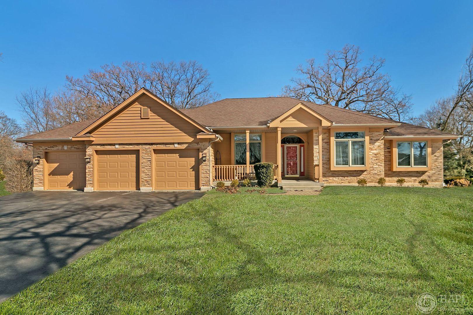 10916 Hickory Nut Way, Richmond, IL 60071 - #: 10652221