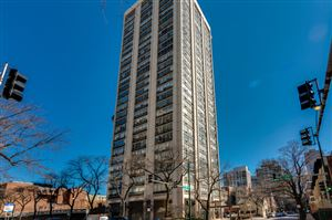 Photo of 70 West Burton Place #401, CHICAGO, IL 60610 (MLS # 10417222)