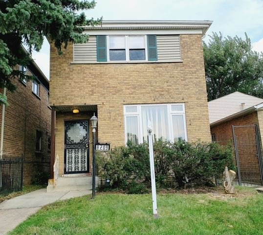 Photo for 8209 South State Street, CHICAGO, IL 60619 (MLS # 10515222)